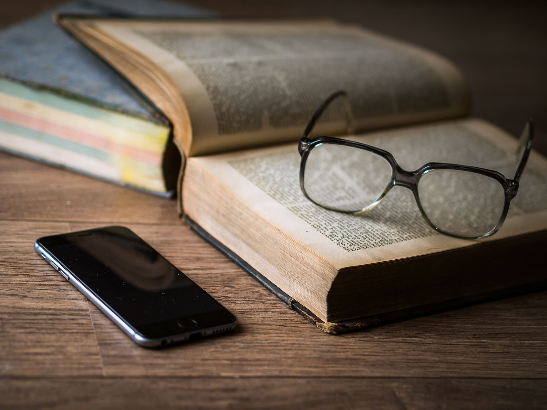 Telefon i książka